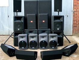 Плюсы и минусы активных и пассивных акустических систем