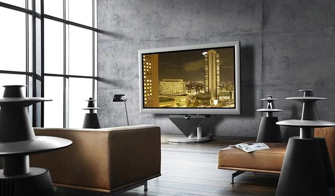 Современный телевизор в интерьере