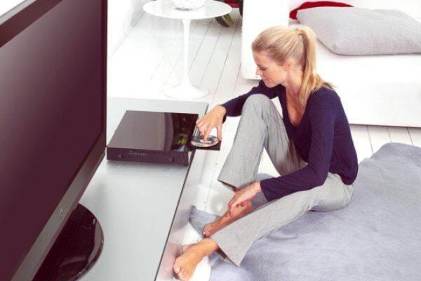 ДВД плеер и телевизор